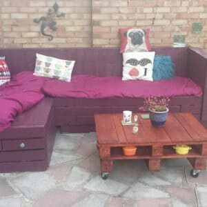 1001pallets.com-garden-sofa-and-coffee-table