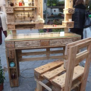 1001pallets.com-mobile-make-up-with-mirror-02