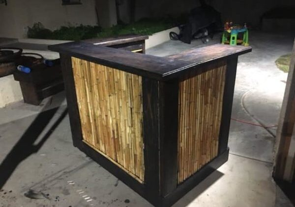 1001pallets.com-reclaimed-wood-pallet-bars-and-furniture