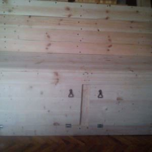 1001pallets.com-with-a-lot-of-work-out-of-4-pallets-130-cm-length