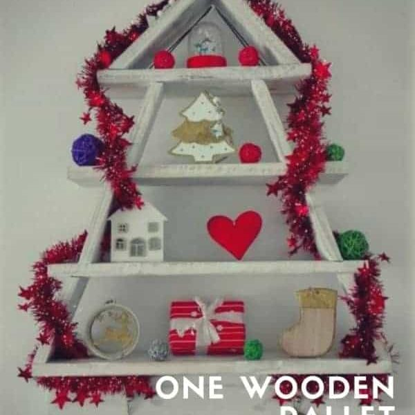 1001pallets.com-one-wooden-pallet-xmas-tree-04