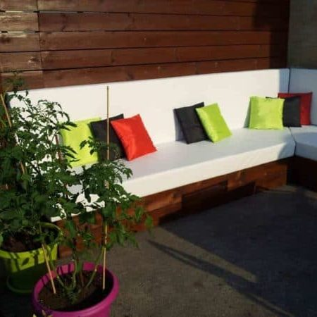 1001pallets.com-outdoor-lounge-with-pallets-03