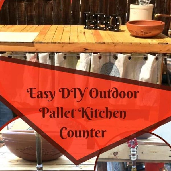 1001pallets.com-outdoor-pallet-kitchen-counter-adds-prep-space-04