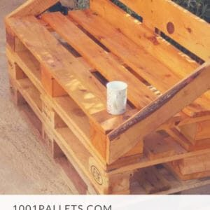 1001pallets.com-outdoor-pallet-sofa-01