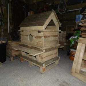 1001pallets.com-outdoor-cat-house-d-lux