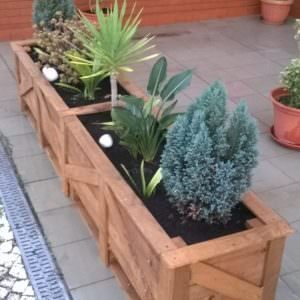 Pair O' Patio Pallet Planters