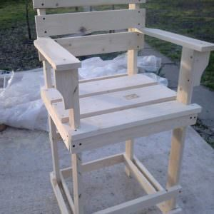 1001pallets.com-pallet-bar-stool-tall-bar-chair-05