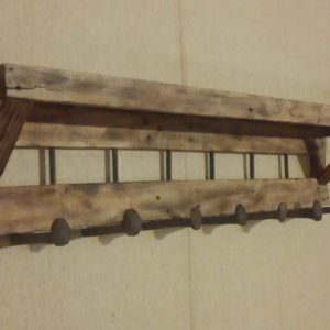 1001pallets.com-coat-rack-with-shelf