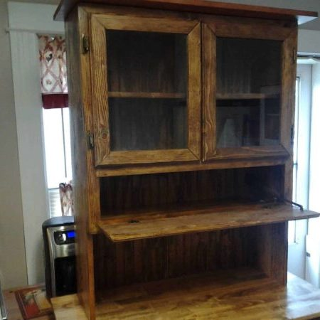 1001pallets.com-kitchen-hutch1