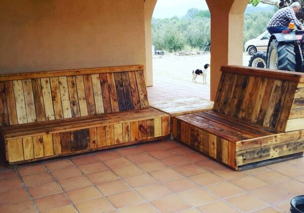 1001pallets.com-pallet-patio-set2
