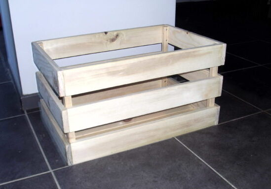 1001pallets.com-pallet-vegetable-bin-has-many-handy-uses-01