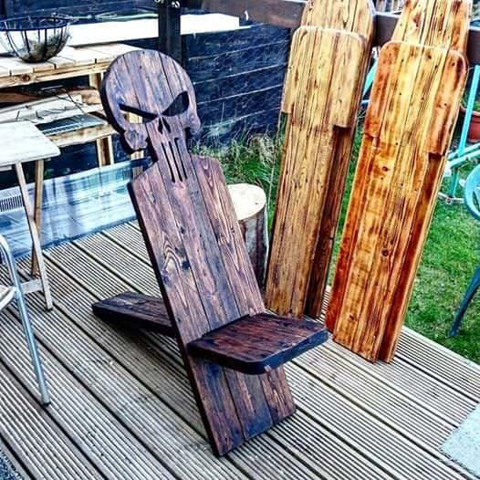1001pallets.com-pallet-viking-chairs-for-the-manliest-man-caves-02