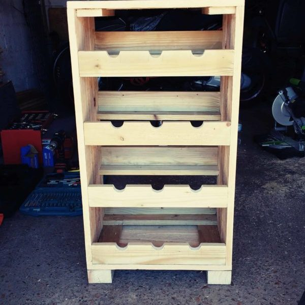 1001pallets.com-wine-storage-rack-for-my-dads-birthday