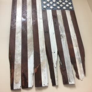 1001pallets.com-pallet-wood-battle-torn-flag-01