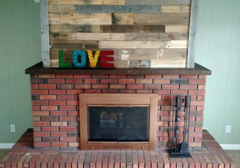 1001pallets.com-pallet-wood-fireplace