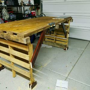 1001pallets.com-pallet-work-bench3