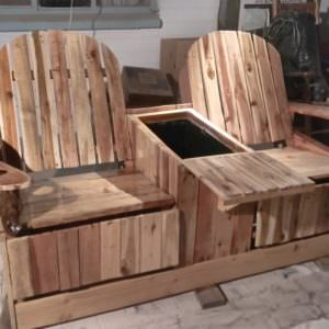 1001pallets.com-2-person-recliner-with-ice-chest-01