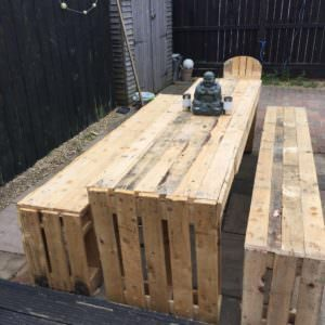 1001pallets.com-patio-table-and-bench-seats1