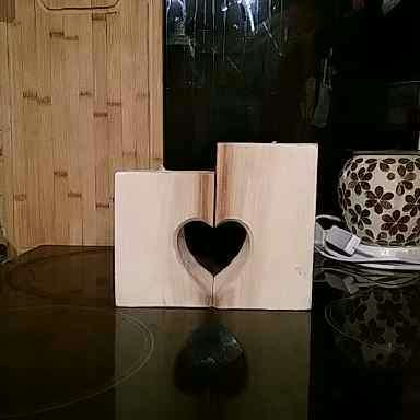 1001pallets.com-love-heart-candle-holders