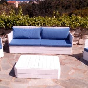 1001pallets.com-poolside-pallet-living-room-set-01