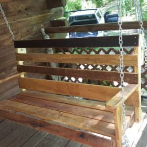 1001pallets.com-porch-swing