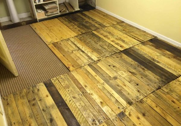 1001pallets.com-how-i-made-a-kitchen-floor-with-pallets5