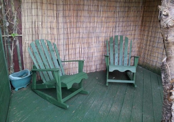 1001pallets.com-rocking-chairs