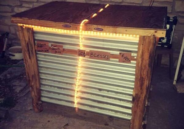 Rope-lit Medium Outdoor Pallet Bar