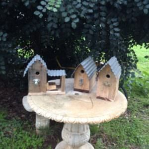 1001pallets.com-a-few-rustic-birdboxes-made-from-recycled-pallets