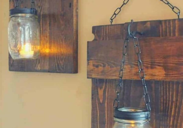1001pallets.com-rustic-pallet-sconces-03