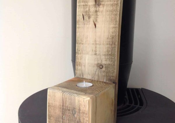1001pallets.com-simple-tea-light-holder-from-block-end-off-cut