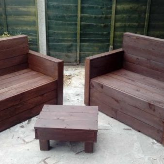 1001pallets.com-sleek-pallet-loveseat-set-01