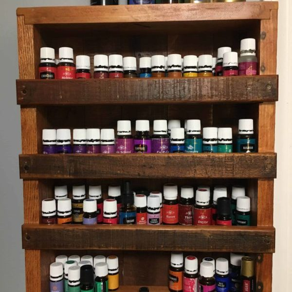 Small Pallet Shelf Displays Essential Oils