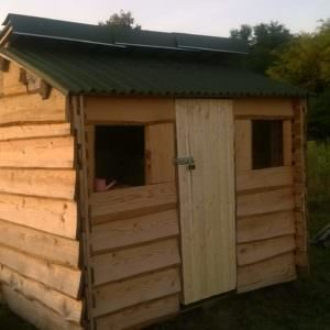 1001pallets.com-small-shed-from-used-pallets-and-cheap-wood6