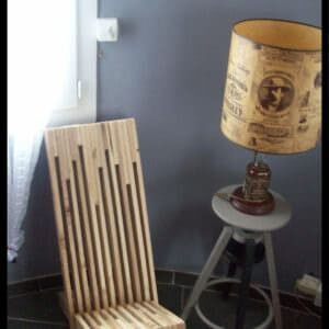 1001pallets.com-stacked-pallet-wood-modern-chair-chaise-palabre-en-palette-02