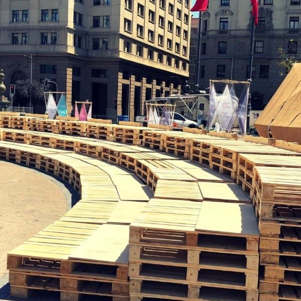 1001pallets.com-stage-auditorium-made-of-wood-pallets-06