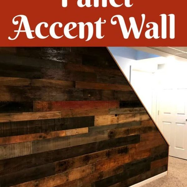 1001pallets.com-staircase-pallet-accent-wall-adds-warmth-to-room-01