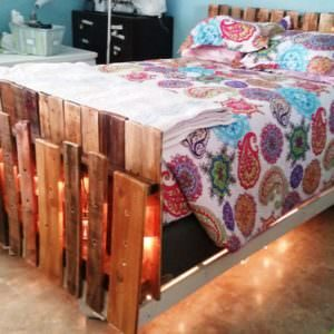 1001pallets.com-lighted-bed-i-made-with-pallets